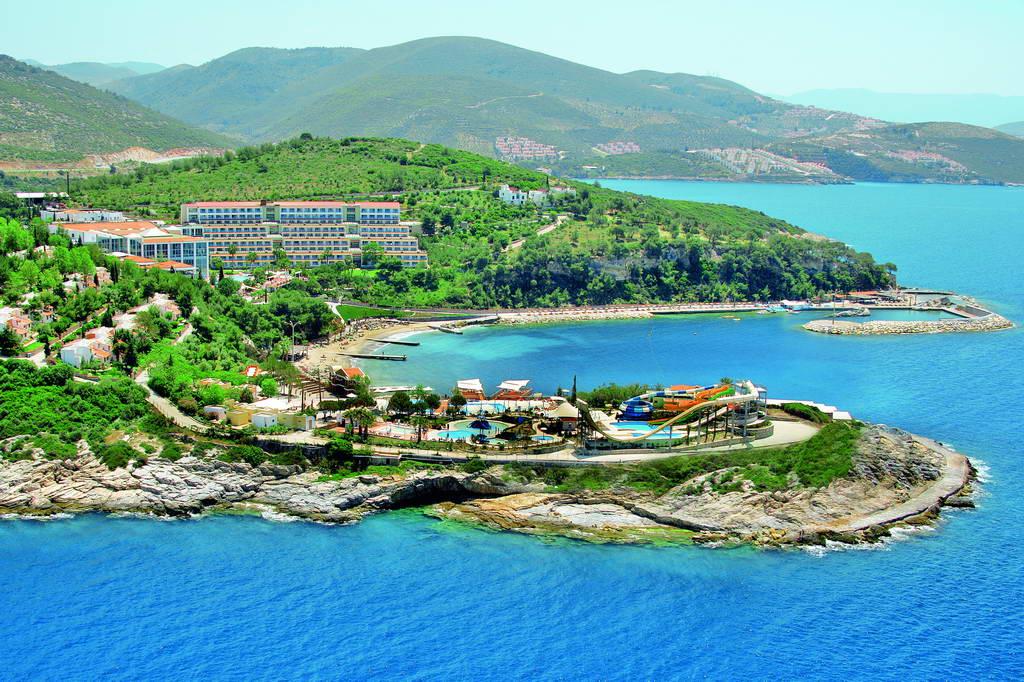Pine Bay Holiday Resort HV-1